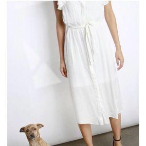 Mod Ref Dresses - Mod Ref White Flutter Sleeve Button Gerry Dress M